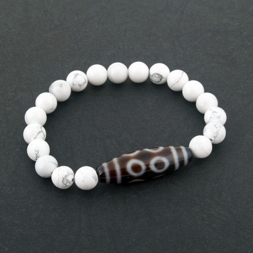 8 Eyed Dzi Bead with Natural Howlite Bracelet