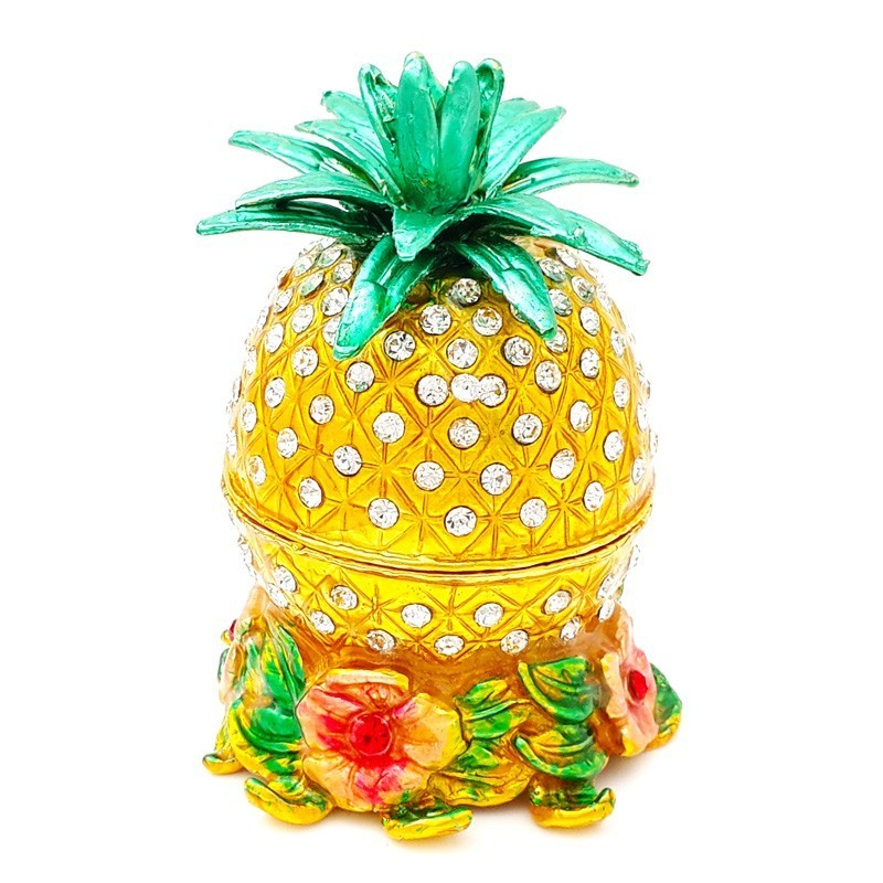 Bejeweled Pineapple