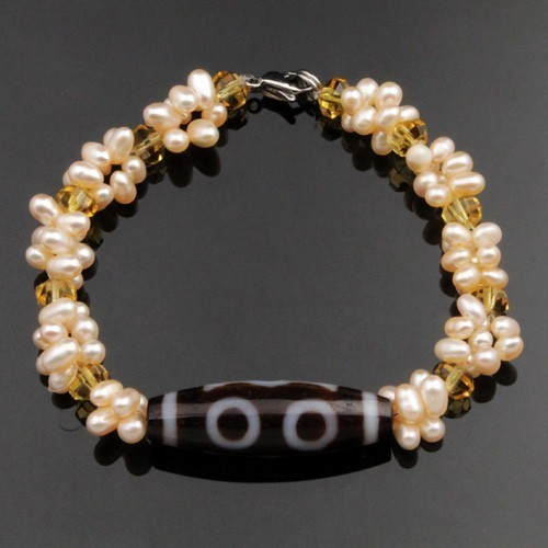 Agate 3-Eyed Dzi with Cultured Pearl Beads Bracelet
