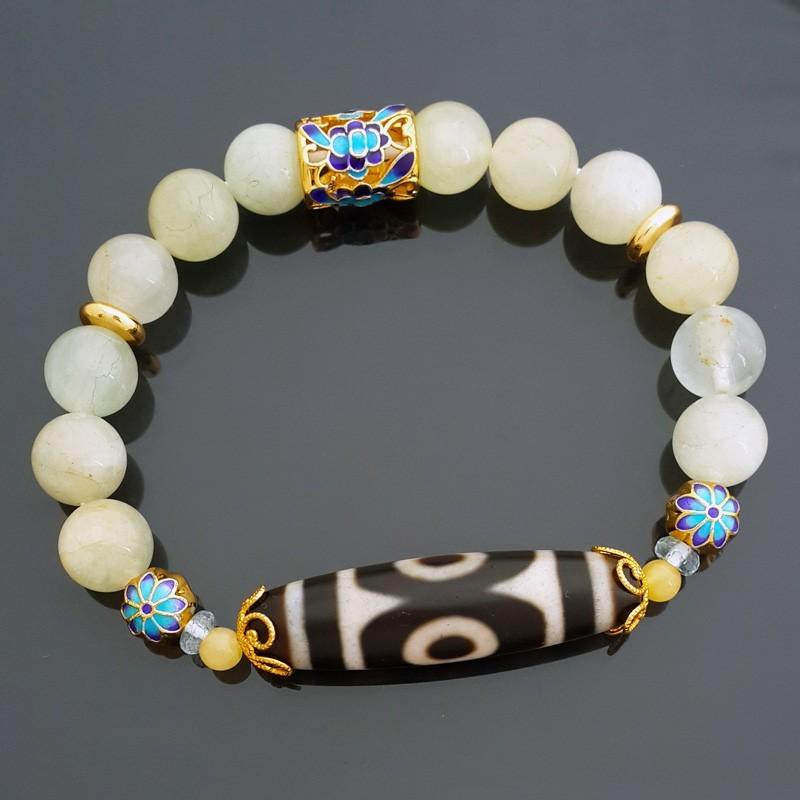 Old Agate 3-Eyed Dzi Bead with Aquamarine Crystals Bracelet