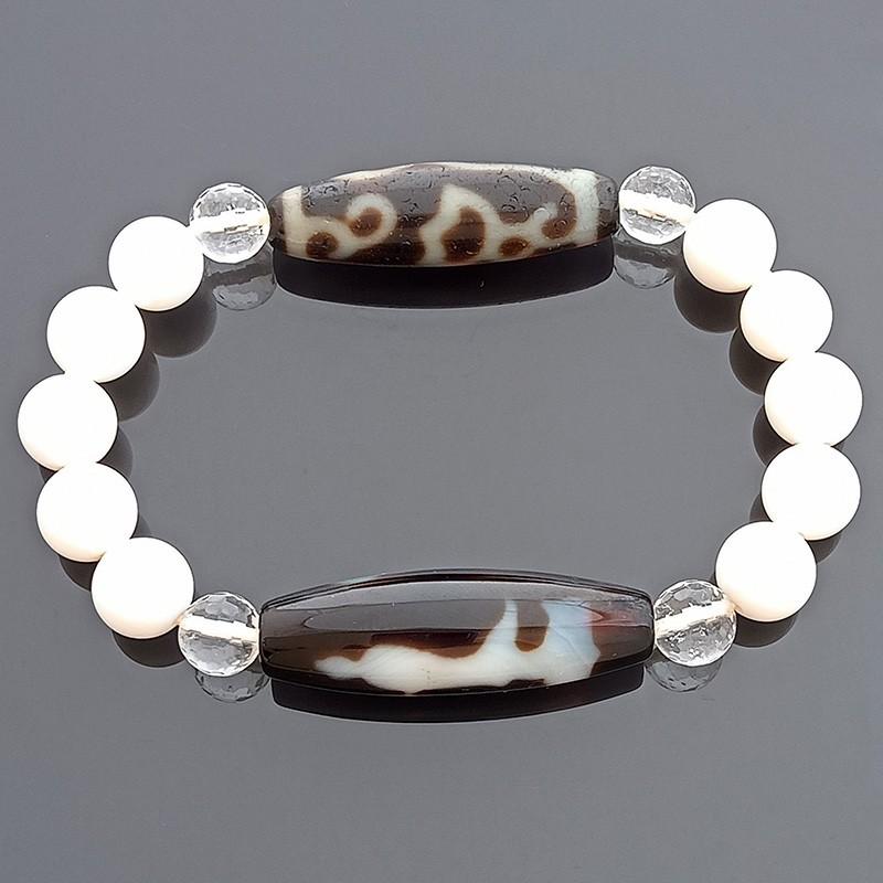 Authentic Tibetan Agate Dzi Beads Kuan Yin with Lotus Flower and Ru Yi Talisman Stretch Bracelet
