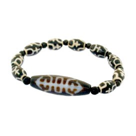 The Prosperity and Longevity Dzi Bead Bracelet