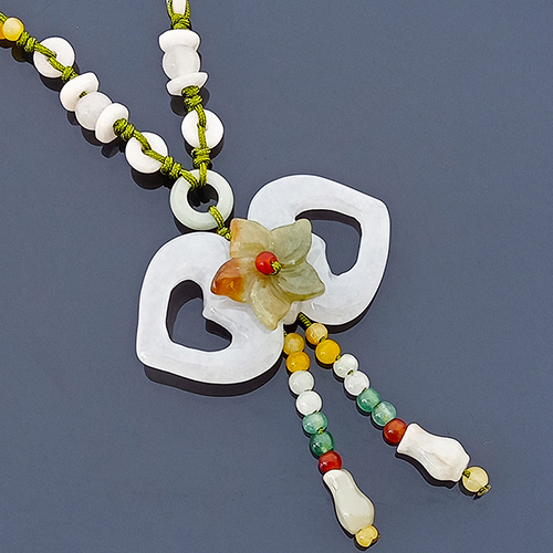The Double Heart-Shape Jade Necklace