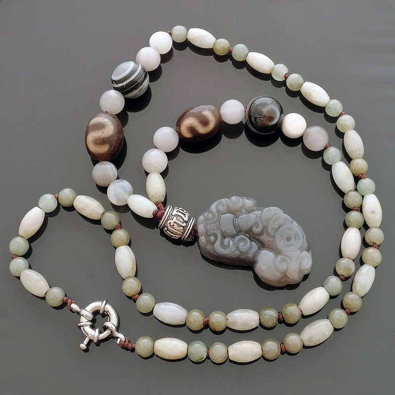 Feng Shui Pi Yao Amulet with OLD Agate Money Hook Dzi Beads Necklace
