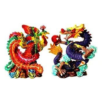 A Couple of Dragon & Phoenix Expresses Marital Bliss
