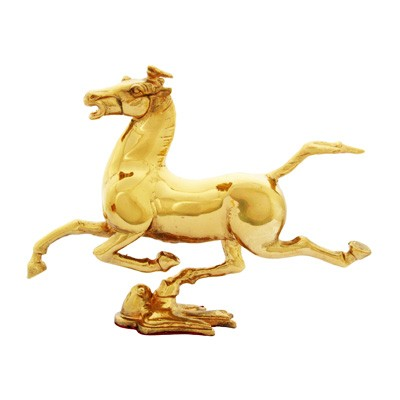 The Golden Wish-Fulfilling Horse on Swallow