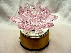 Crystal Lotus on a Rotating Stand (110 V) - Pink