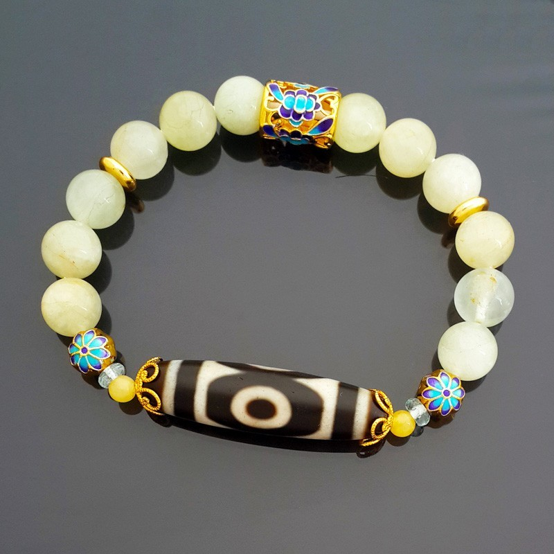 Old Agate 3-Eyed Dzi Bead with Aquamarine Crystals Bracelet