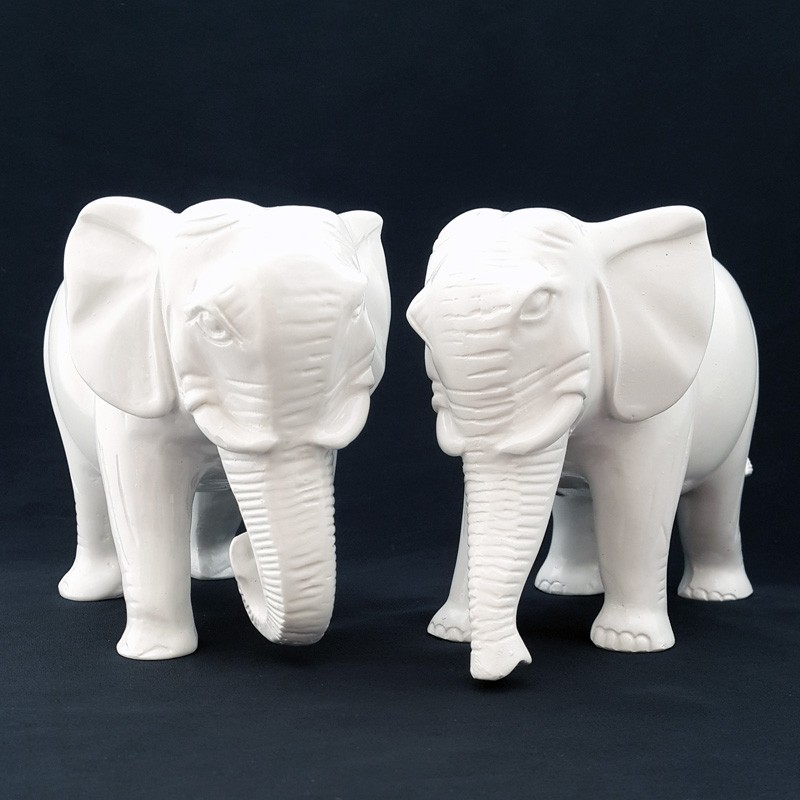 A Pair of Auspicious Elephants with Trunks downward